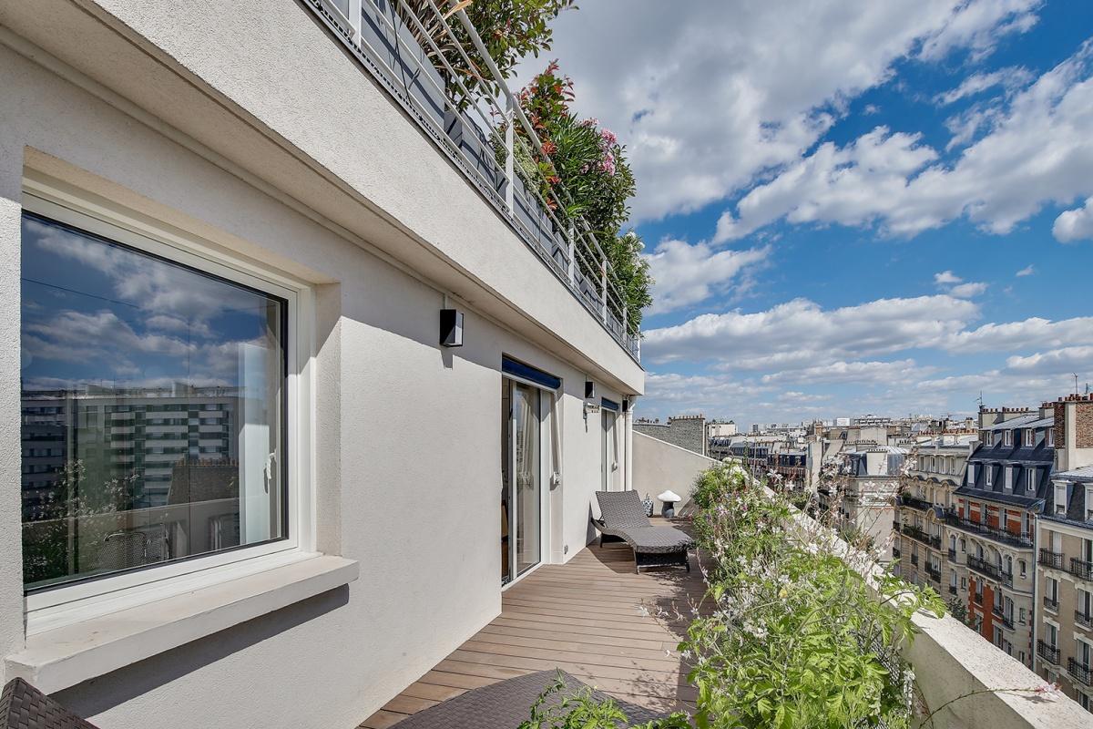 Réaménagement d'un appartement à Paris et création d'un rooftop : creation terrasse paysager