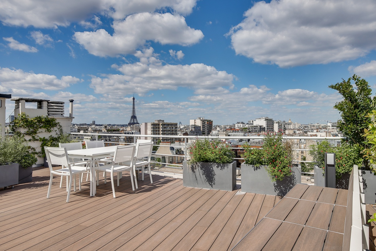 Réaménagement d'un appartement à Paris et création d'un rooftop : creation terrasse architecte