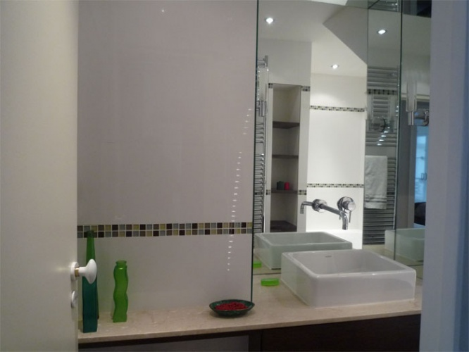 Rénovation d'un appartement rue du Faubourg Saint Honoré : Salle de bain - vue1