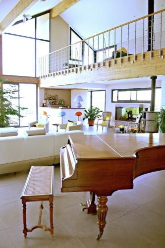 Maison ossature bois en Charente Maritime : maison contemporaine vue séjour