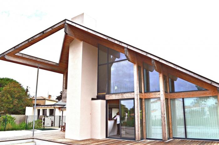 Maison ossature bois en Charente Maritime :  maison contemporaine -structure mélèze