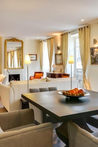 Restructuration totale d'un appartement rue Miromesnil Paris 8 : miro1
