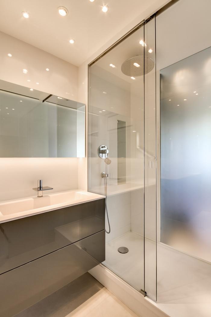 Appartement à Paris 07 : Vue salle de bain3