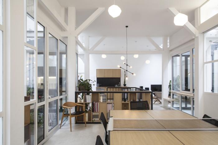 Rénovation de bureaux et création d'un studio de post-production : CRM-BBD12